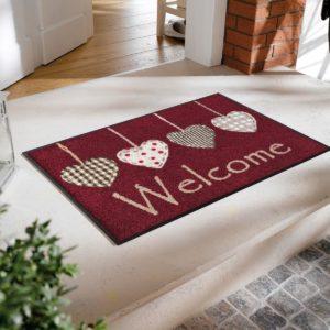 tapis-de-sol-personnalise-maison-entree-cottage-hearts